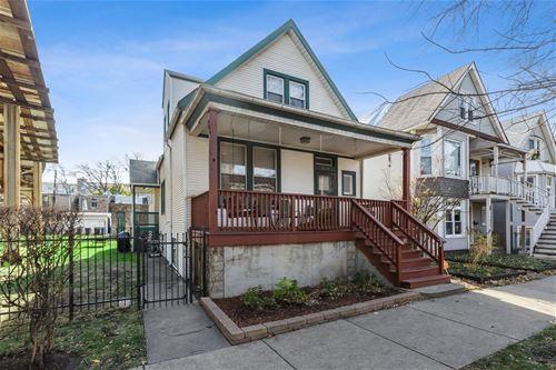 1819 W Cornelia, Chicago, IL 60657
