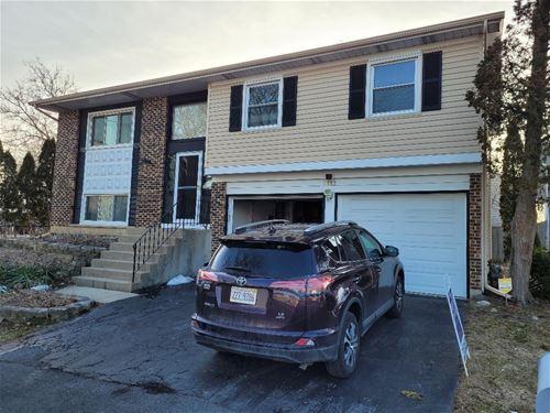 1385 Nantucket, Hoffman Estates, IL 60192