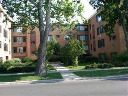 2700 W Lunt Unit 102, Chicago, IL 60645