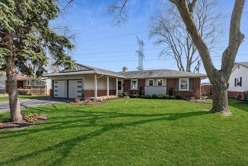 571 Walnut, Elk Grove Village, IL 60007