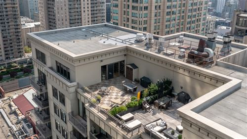 630 N State Unit 2705, Chicago, IL 60654