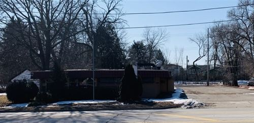 513 E Park, Libertyville, IL 60048