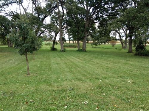 Lot 2 Gerry, Sycamore, IL 60178