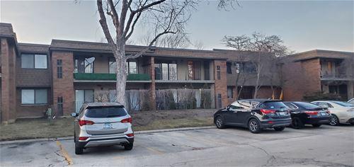 70 Old Oak Unit 224, Buffalo Grove, IL 60089