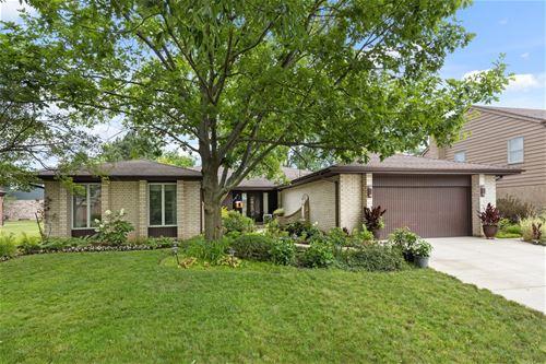 335 Oak Knoll, Northbrook, IL 60062