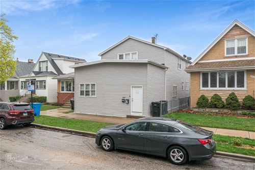 6149 W Giddings, Chicago, IL 60630