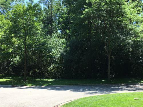 470 Yorktowne, Lake Forest, IL 60045