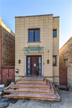 2247 W Grand, Chicago, IL 60612