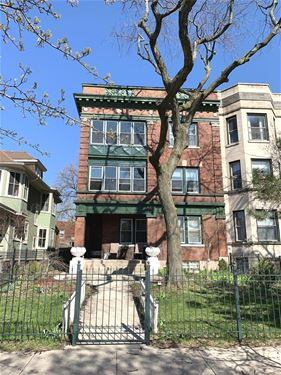 4525 N Dover, Chicago, IL 60640