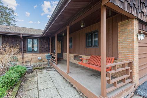 661 Sycamore, Elk Grove Village, IL 60007