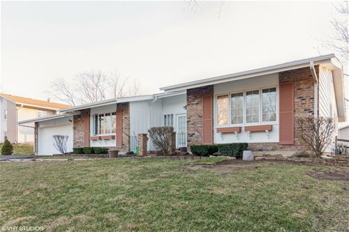 2419 Wolfe, Woodridge, IL 60517