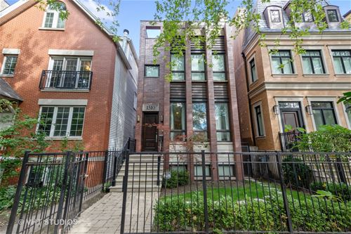 1510 W Byron, Chicago, IL 60613