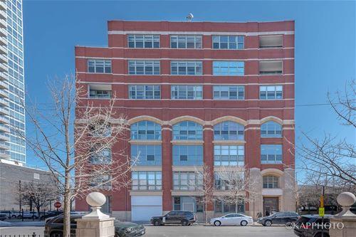 2001 S Calumet Unit 310, Chicago, IL 60616