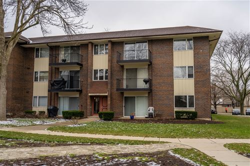5S100 Pebblewood Unit E12, Naperville, IL 60563