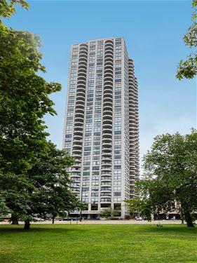 2020 N Lincoln Park West Unit 38DEF, Chicago, IL 60614