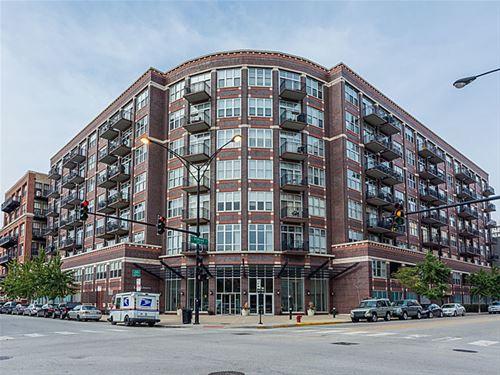 1000 W Adams Unit 817, Chicago, IL 60607