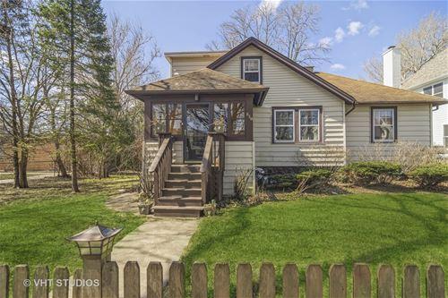 830 Grove, Barrington, IL 60010