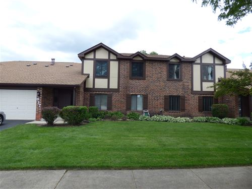 617 Cumberland Unit A1, Roselle, IL 60172