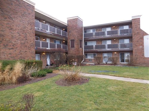 600 S York Unit 3D, Elmhurst, IL 60126