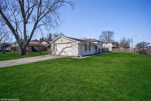 864 Cambridge, Buffalo Grove, IL 60089