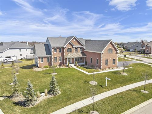 422 Brady, Batavia, IL 60510