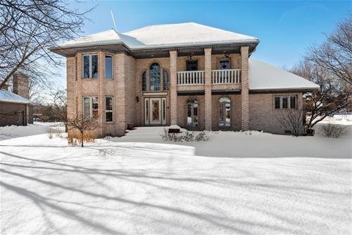 1534 Far Hills, Bartlett, IL 60103