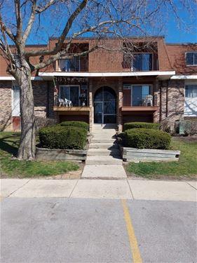 620 Mesa Unit 311, Hoffman Estates, IL 60169