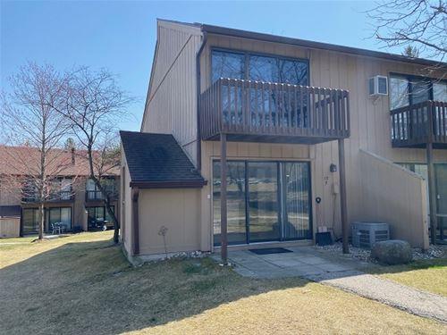 13 St Thomas Colony Unit 7, Fox Lake, IL 60020