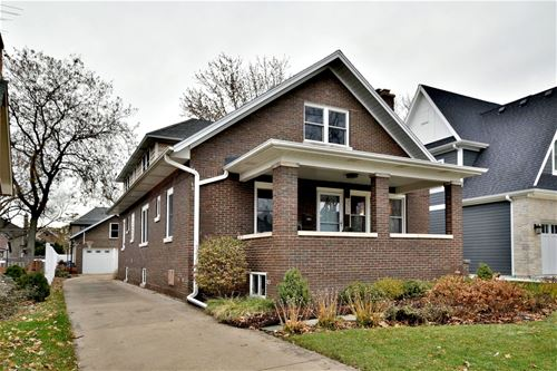 225 N Maple, Elmhurst, IL 60126
