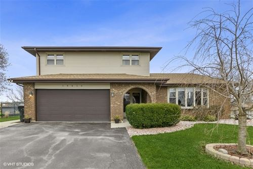 14415 Pineview, Orland Park, IL 60467