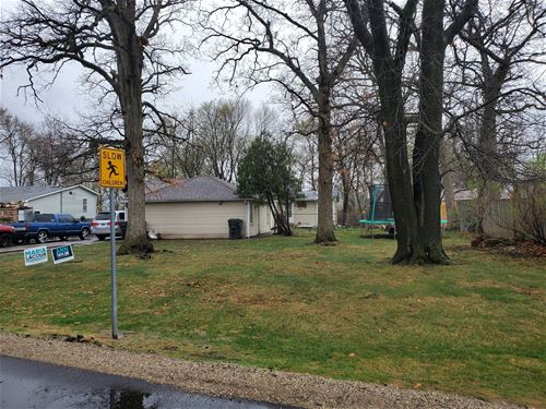 2737 Clearview, Waukegan, IL 60085