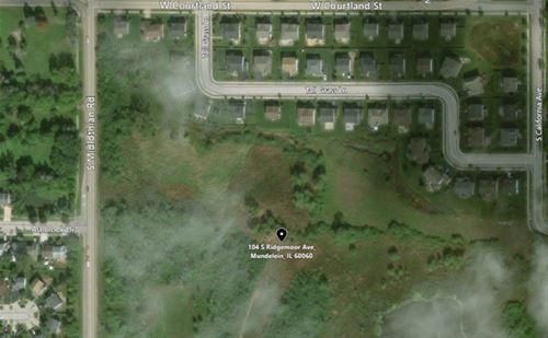 104 S Ridgemoor, Mundelein, IL 60060