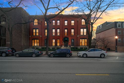 1760 N Wells Unit 2D, Chicago, IL 60614