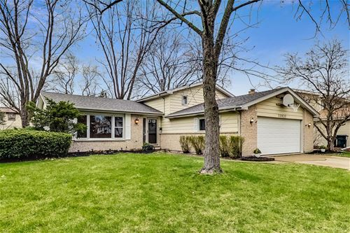 30W311 Country Lakes, Naperville, IL 60563