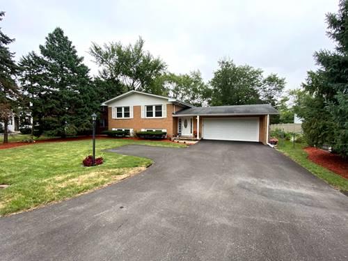 573 Maple, Lisle, IL 60532