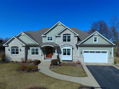 1540 W Blackhawk, Mount Prospect, IL 60056