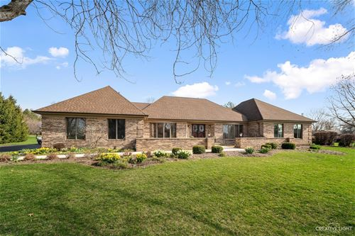 40W076 Sturbridge, Elgin, IL 60124