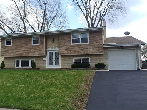 111 W Margaret, Cary, IL 60013