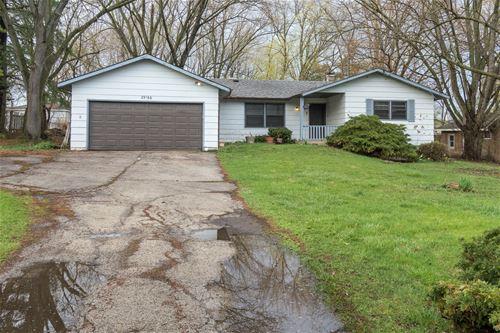 29166 Grass Lake, Spring Grove, IL 60081