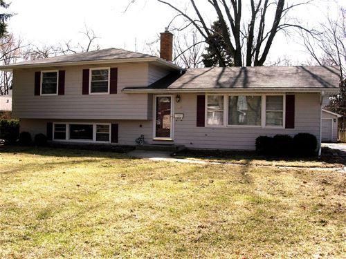 108 Robin Hill, Naperville, IL 60540