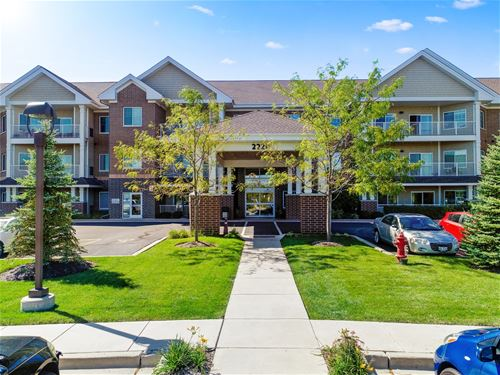 2220 Founders Unit 110, Northbrook, IL 60062