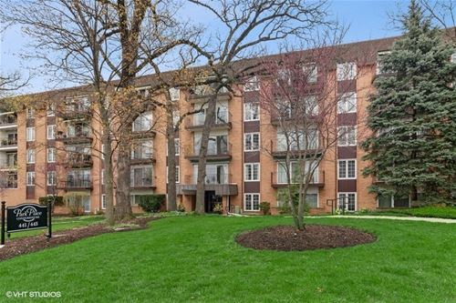441 N Park Unit 4A, Glen Ellyn, IL 60137