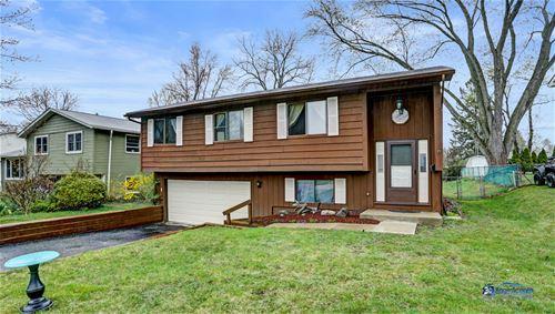 651 Pierce, Grayslake, IL 60030