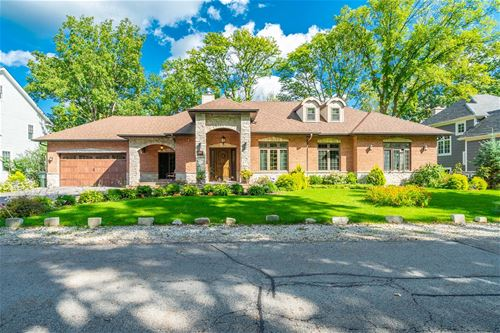 1945 Glen Oak, Glenview, IL 60025
