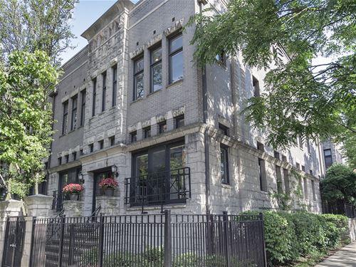 123 W Oak Unit Q, Chicago, IL 60610