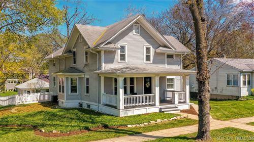 501 E Willow, Wheaton, IL 60187