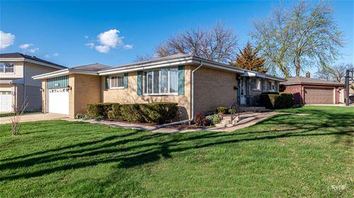 1524 W Woodland, Addison, IL 60101