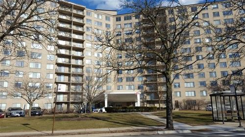 6933 N Kedzie Unit 1216, Chicago, IL 60645