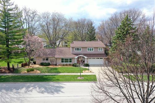 1308 N Kennicott, Arlington Heights, IL 60004