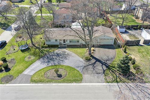 3102 Greenbriar, Glenview, IL 60025